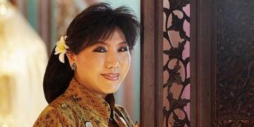 Biografi Anne Avantie - Perancang Busana Kebaya Indonesia