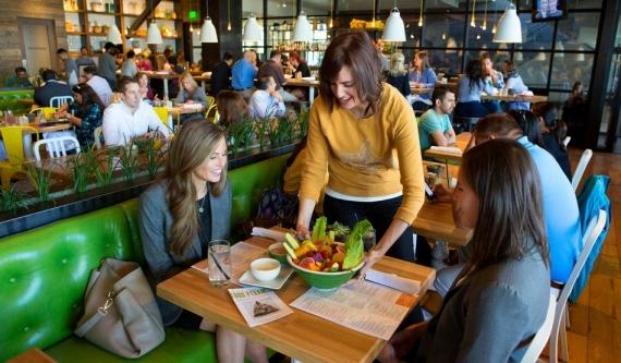 Membangun Usaha Warung Makan Sederhana dan Kunci Suksesnya