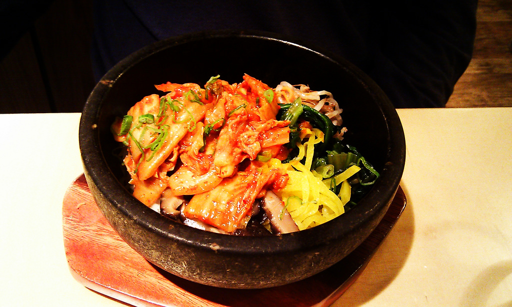 makanan pedas kimchi dolsot bibimbap spicy dish korean